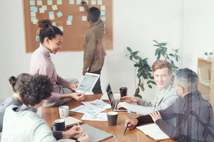 Factores internos y externos en planeación estratégica
