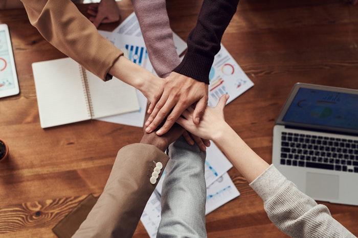 La colaboración y los factores de crecimiento empresarial